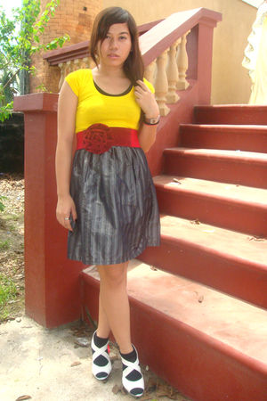 yellow top - silver dress - black shoes - red belt