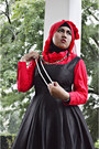 Black-agenda-dress-red-shirt-red-scarf-diy-necklace-watch