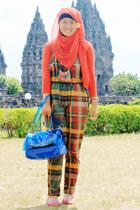 red scarf - blue bag - hot pink flats - necklace - DIY bodysuit
