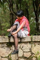 black ankle boots boots - white printed dress - heather gray opaque tights