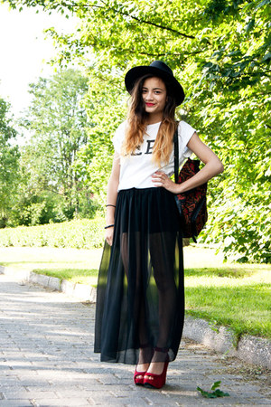 maxi sheer American Apparel skirt - OASAP hat - thrifted bag