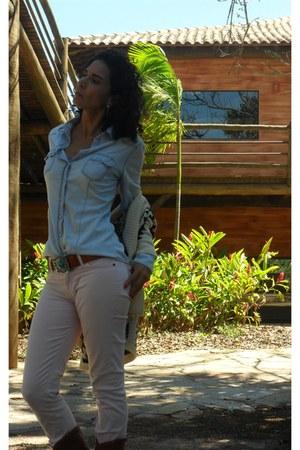 blue Stradivarius blouse - light pink Zion pants