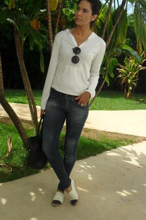 black glamechic sunglasses - navy Renner jeans - white Renner shirt