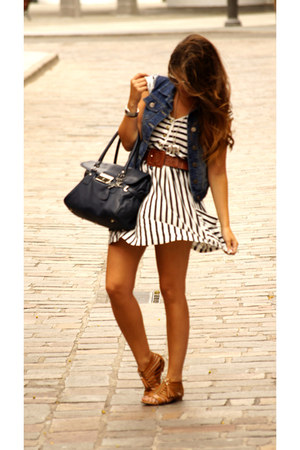 navy denim vintage vest - stripped Zara dress - navy Bimba y Lola bag