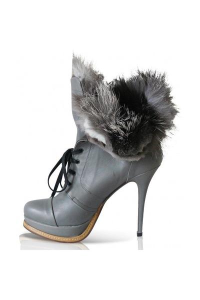 1618 heels