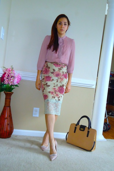 olive green velvet DIY skirt - tan JCrew bag - light pink heels