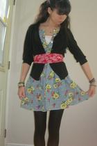 scarf - dress - tights