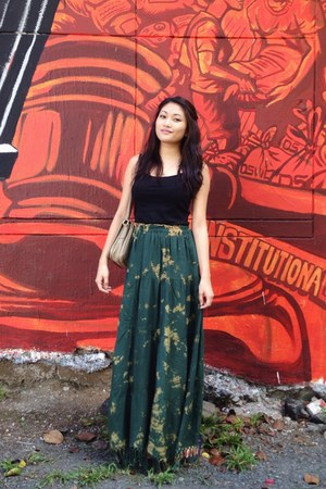 dark green thrifted skirt - black Basic House top