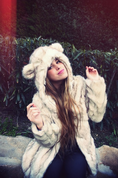 fur coat accessories