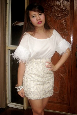 off white SOSI STUFF skirt - white bangkok top - silver Accessorize bracelet
