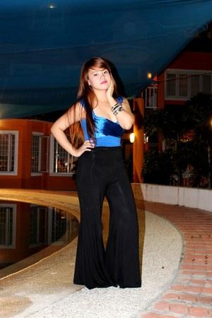 blue Mango top - black Zara pants - black People are People flats