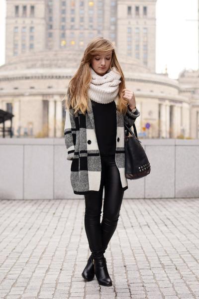 Black-oasap-coat