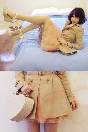 beige heart basket Forever New bag - beige skirted mac Forever New coat