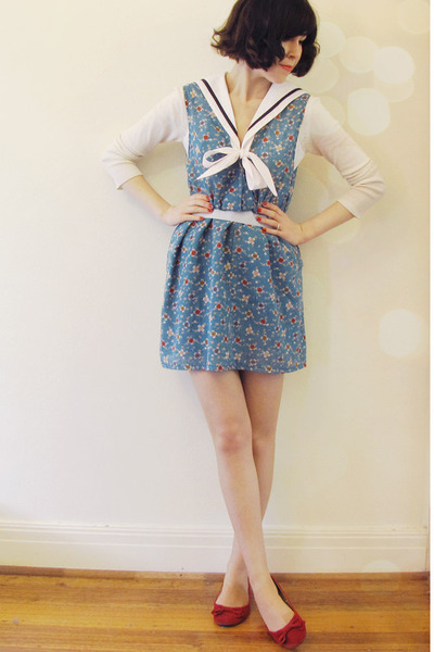 white hello sailor Wild Hearts blouse - teal vintage Dame Jolie dress