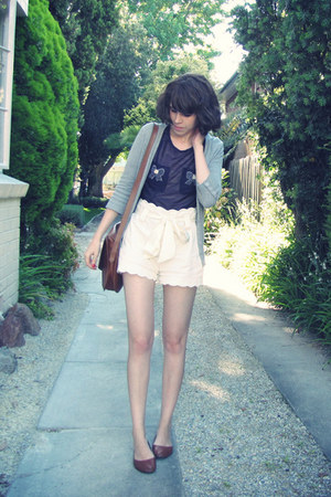 scalloped Forever New shorts - vintage satchel YSL bag