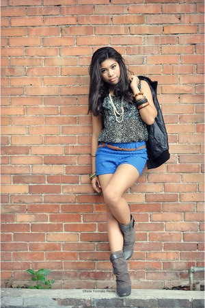 heather gray H&M boots - black Zara jacket - blue Forever21 shorts