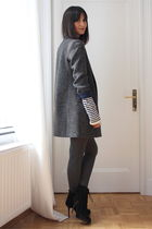 Massimo Dutti coat - Zara shorts