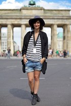 acne boots - oversize blazer Helmut Lang blazer - Zara shorts - COS top