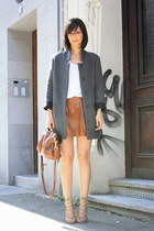 Zara coat - shoulder bag Mulberry bag - Zara skirt - oversize tee t by alexander