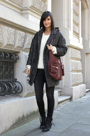oversize coat Etoile isabel marant coat - pistol boots acne boots
