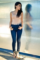 Stylesays&Gorjana Griffin necklace - Triarchy jeans - Bebe heels - H&M belt