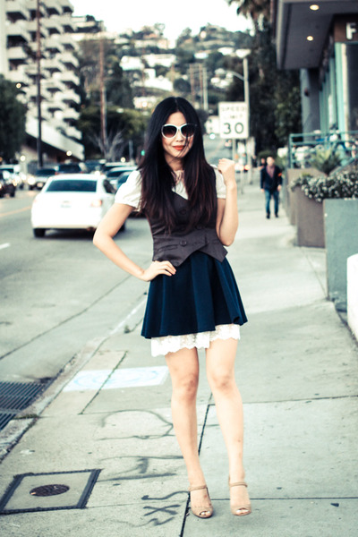 white vintage vintage blouse - navy vintage vintage skirt
