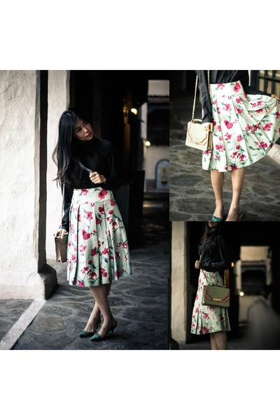 green pleated Express skirt - olive green leather melie bianco bag