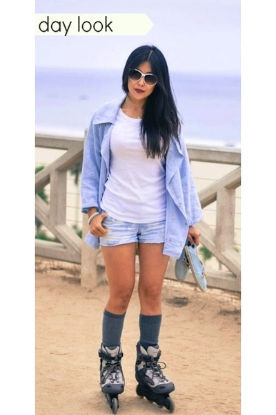 white Old Navy t-shirt - light blue soludos shoes - Old Navy shorts