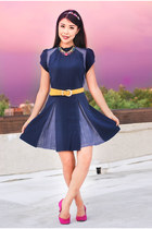 navy Sugarlips dress - hot pink vintage pumps