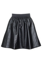 Black-goodnight-macaroon-skirt