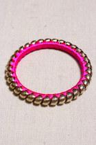 hot pink GoodNight Macaroon accessories