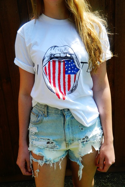 wasted shirt - distressed calvin klein shorts