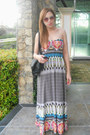 Maxi-dress-black-bag-rayban-sunglasses