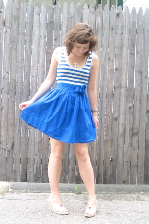 blue Topshop dress - red TOMS shoes - silver berks necklace