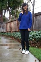 blue hoodie - black jeans