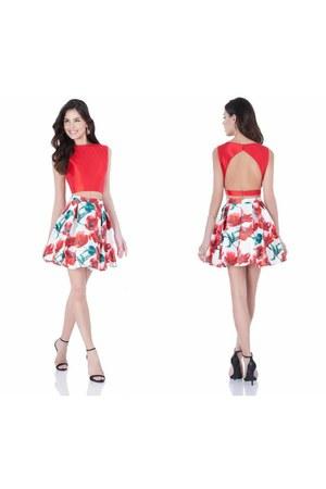 Terani Couture skirt