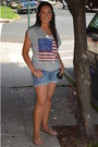 Blue-forever-21-shorts-black-chanel-sunglasses-heather-gray-forever-21-top-