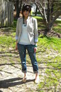 Beige-gap-blazer-white-old-navy-top-blue-gap-jeans-orange-keds-shoes