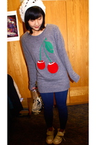 gray cherry Forever 21 sweater - white Converse shoes