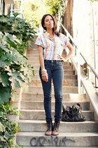 pink vintage top - black vintage boots - navy BDG jeans