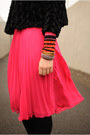 Black-cardigan-hot-pink-h-m-skirt-carrot-orange-striped-stylemint-top