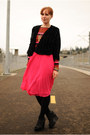 Carrot-orange-striped-stylemint-top-black-cardigan-hot-pink-h-m-skirt