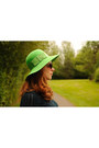 Blue-and-green-nine-west-wedges-green-hat-navy-gap-sweater