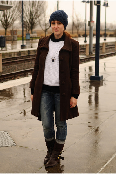 Dark Brown Boots, Dark Brown Marks And Spencer Coats, Blue Levis ...