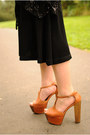 Black-dress-black-hat-black-skirt-tawny-jessica-simpson-dany-heels