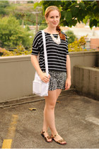 black striped Target shirt - black black and white Loft shorts