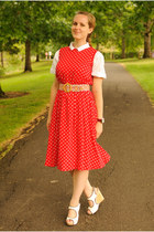 red polka dot vintage dress - white sam edelman wedges