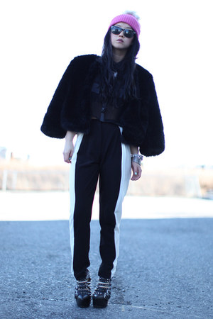 black color panel H&amp;M pants - bubble gum fur beanie H&amp;M hat