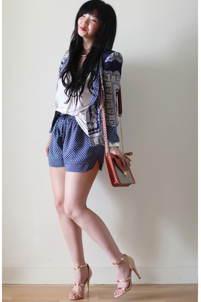 printed Zara shorts - scarf print Zara blazer - clutch Lulus bag