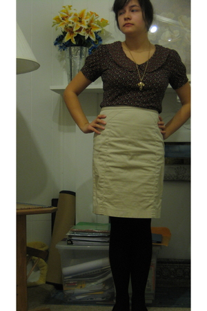 pins and needles blouse - beige Express skirt - black HUE tights - gold Forever